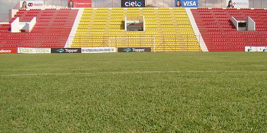 Vistoria no Estádio Municipal José Liberatti, em Osasco