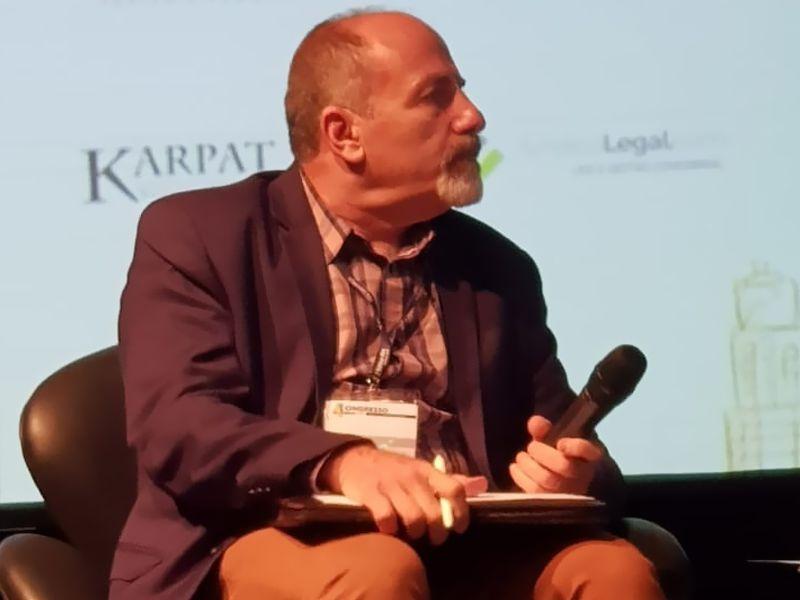 Engenheiro Ansel Lancman preside mesa de debates